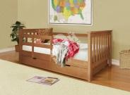 Фото Деревянная детская кровать Довиль