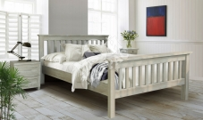 Фото Деревянная кровать Довиль